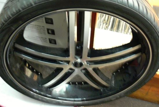 "Picture of STATUS 24"" RIMS AND WHEELS"