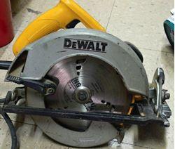"Picture of DEWALT DW369 7-1/4"" CIRCULAR SAW WITH ELECTRIC BRAKE"