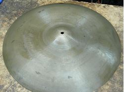 Picture of ZILDJIAN AVEDIS CONCERT BAND CYMBAL 20""