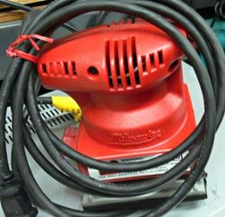 Picture of MILWAUKEE 6017 FINISHING PALM SANDER