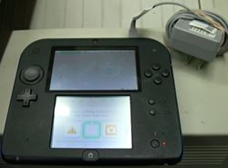 Picture of NINTENDO BLUE 2DS FTR-001 W/ CHARGER AND STYLUS