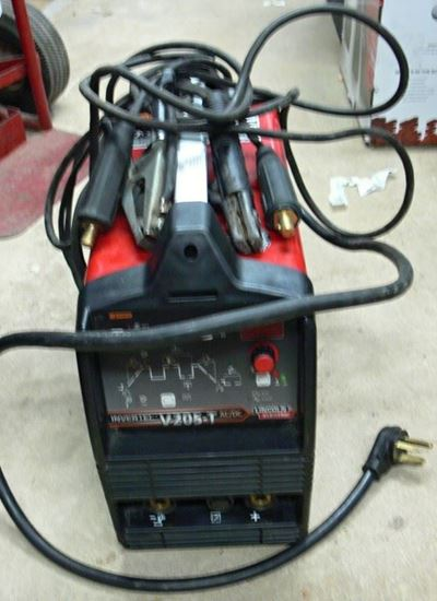 Picture of LINCOLN V205T ELECTRIC WELDER