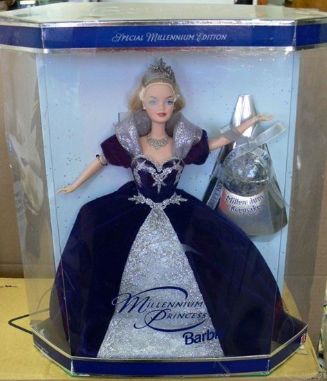 Picture of 1992 HOLIDAY BARBIE DOLL
