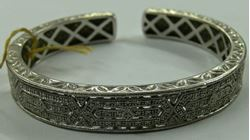 Picture of BANGLE STERLING SILVER WITH DIAMONDS