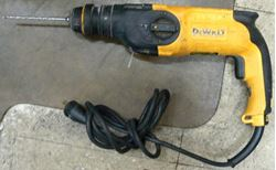 Picture of DEWALT D25113 HEAVY DUTY ROTARY HAMMER DRILL