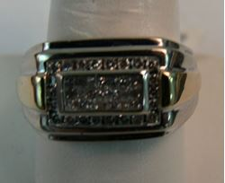 Picture of MENS RING SZ-10.25 10K WHITE GOLD W/ YELLOW BARS ON SIDE SZ- 10.25 9.5G
