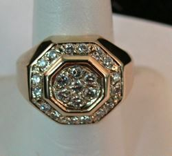 Picture of 14K GOLD MENS RING SZ- 8 WITH DIAMONDS 12.5G