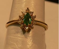 Picture of  14K YELLOW GOLD RING WITH GREEN STONE AND DIAMONDS SZ-6.25 2.0G