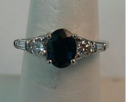 Picture of 14K WHITE GOLD DIAMOND RING WITH BLUE STONE SZ-6.5 4.2G