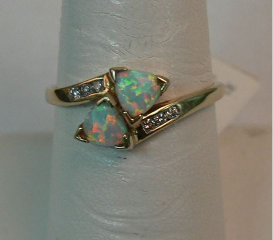 Picture of 10K YELLOW GOLD OPAL & DIAMOND RING SZ-7.25 1.5G