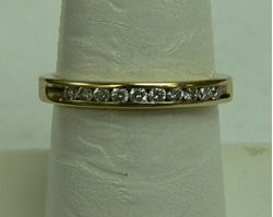 Picture of 14K YELLOW GOLD DIAMOND BAND RING SZ-7 2.5G