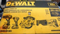 Picture of DeWalt DCK520D1M1 20V Max 5-Tool Combo Kit (incl. 2batt.+ charger)