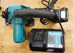 Picture of Makita 12V MAX CXT 2.0 Ah Li-Ion 3-3/8 in Circular Saw SH02 W BATTERY  & CHARGER