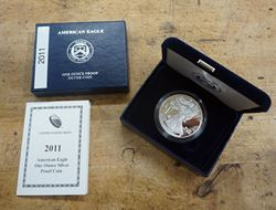 Picture of US Mint 2011 American Eagle One Ounce Silver Proof Coin W Box and COA