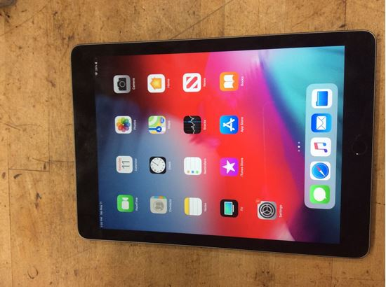 Picture of Apple iPad Pro 32gb MLPW2LL/A pre owned .