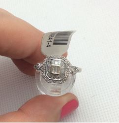 Picture of 14kt white gold fashion ring with diamonds baguettes and rounds 0.42 pts size 7 3.2 gr 849841-4