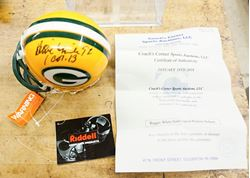 Picture of REGGIE WHITE HAND SIGNED PACKET MINI HELMET RIDDELL MINT COLLECTIBLE. WITH COA.