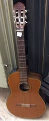 Picture of Takamine guitar musical instrument with case model # CD132sc pre owned 849765-1