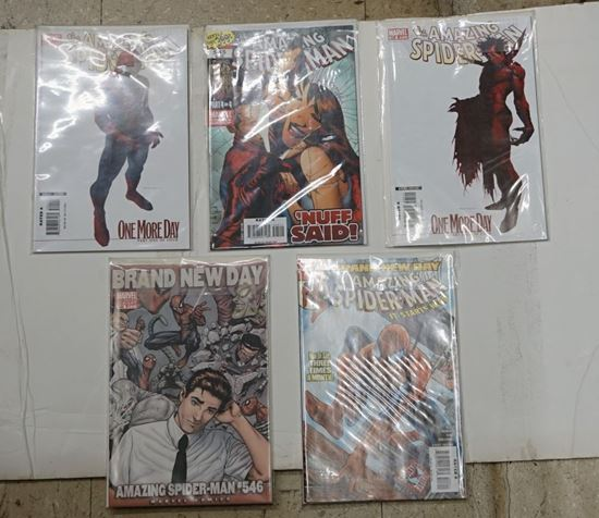 Picture of LOT 5 MARVEL THE AMAZING SPIDER MAN 544 PART ONE OF FOUR; 546 BRAND NEW DAY ; 546 ; 545 ONE MORE DAY PART FOUR OF FOUR; 545  DECEMBER PART 4 OF 4. VERY GOOD CONDITION. COLLECTIBLE.