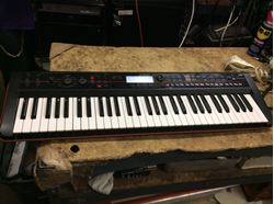 Picture of Korg keyboard Kross 61 workstation used mint 851535-1