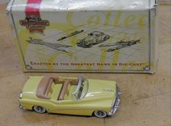 Picture of Matchbox Collectibles Dinky 1953 Buick Roadmaster Skylark Yellow 1:43 Scale. VINTAGE ITEM. COLLECTIBLE. BOX HAVE SOME WEAR DIE TO IT'S AGE. CAR IS NEW.
