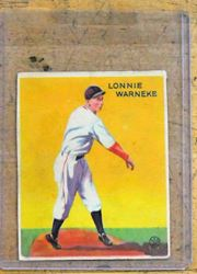Picture of 1933 LONNIE WARNEKE BASEBALL CARD VINTAGE. GOOD CONDITION. COLLECTIBLE. RARE.