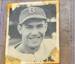 Picture of 1948 Bowman #7 Pete Reiser Brooklyn Dodgers vintage baseball card. good condition.