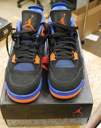 "Picture of NIKE AIR JORDAN 4 RETRO IV ""CAV""  308497-027 2012 Size 9.5 PRE OWNED . VERY GOOD CONDITION."